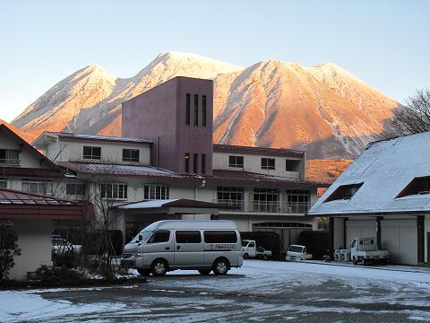 2013.12.12ホテルと三俣山